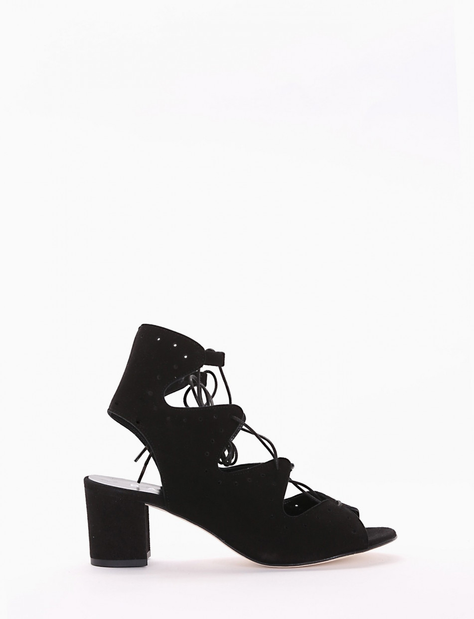 Low heel sandals heel 5 cm black chamois