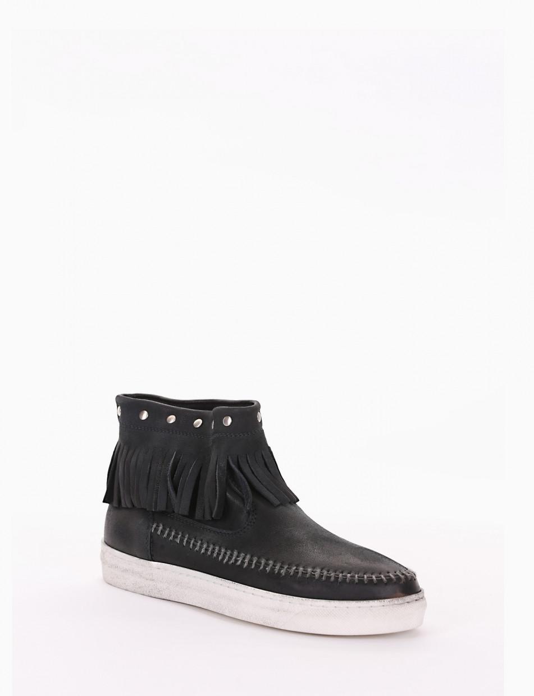 Sneakers black chamois
