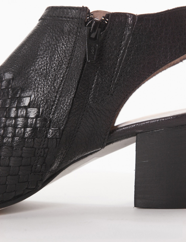 Sandalo tacco 50 nero