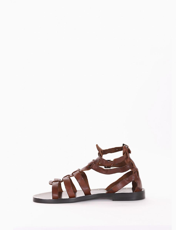 Low heel sandals heel 1 cm brown leather