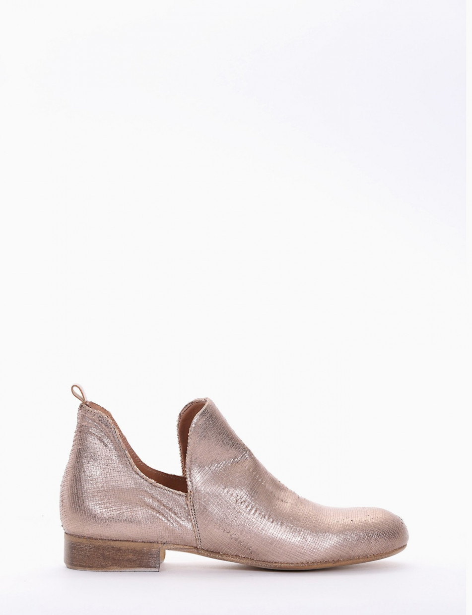Low heel ankle boots heel 2 cm copper leather