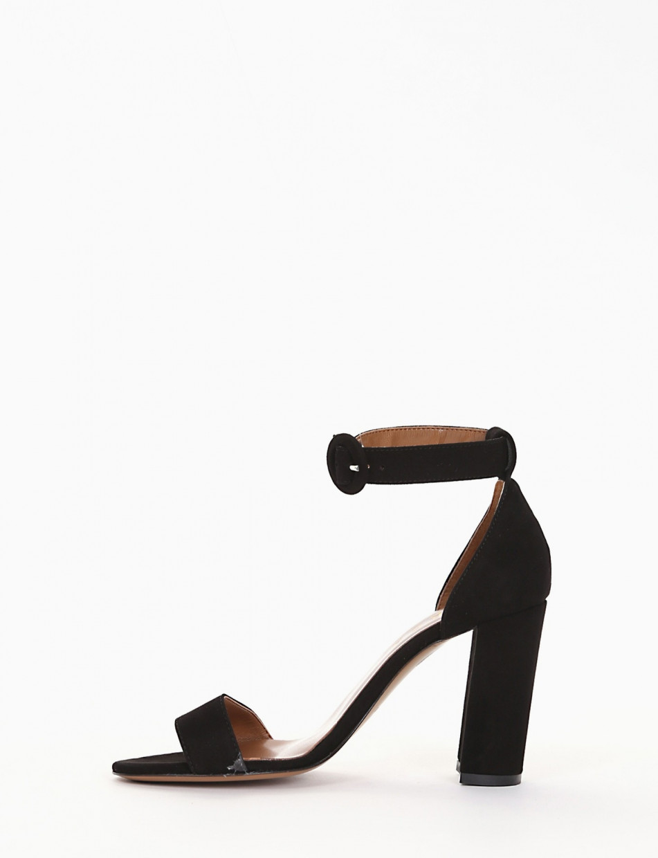High heel sandals heel 9 cm black chamois