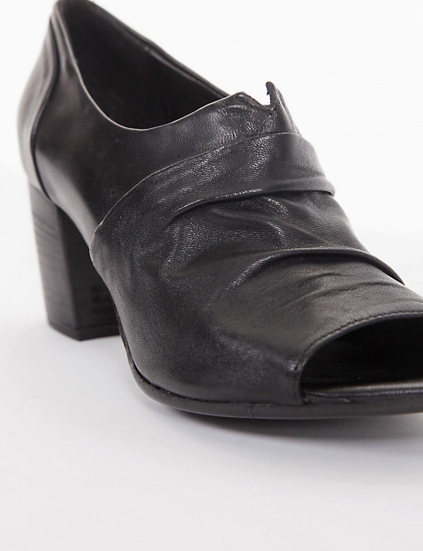 Scarpa spuntata tacco 6cm  nero
