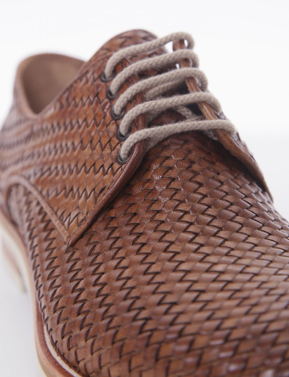 Lace-up shoes heel 2 cm brown leather