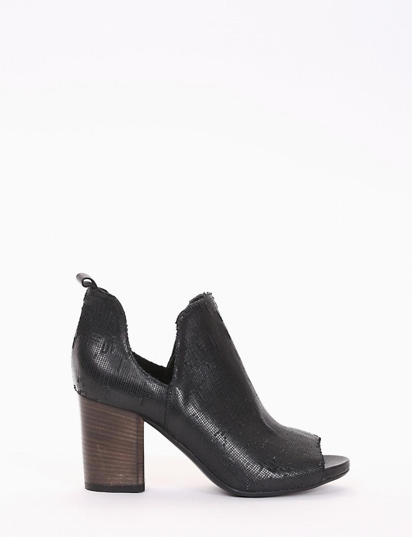 High heel ankle boots heel 8 cm black leather