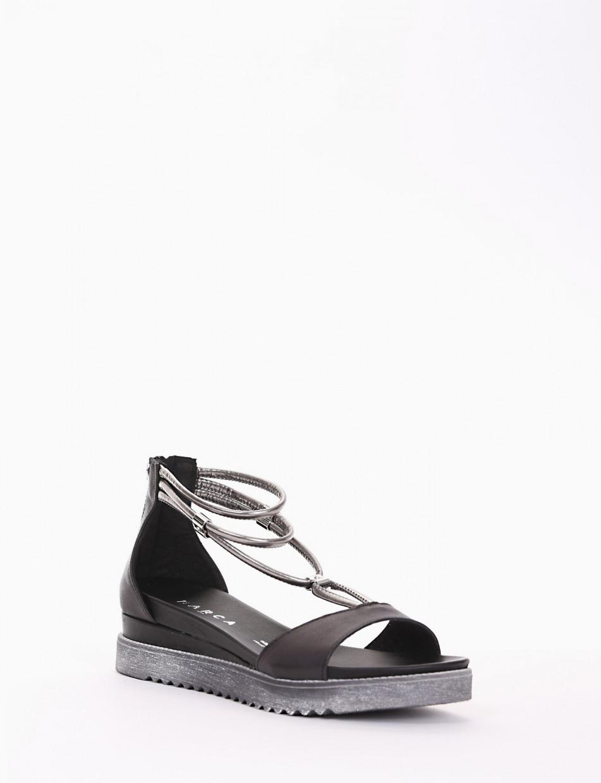 Low heel sandals heel 1 cm black leather