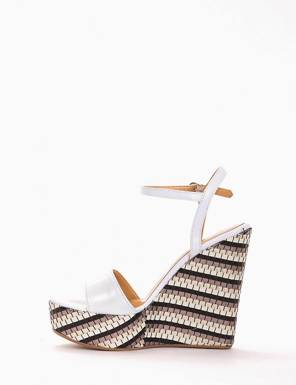 Wedge heels heel 3 cm white leather
