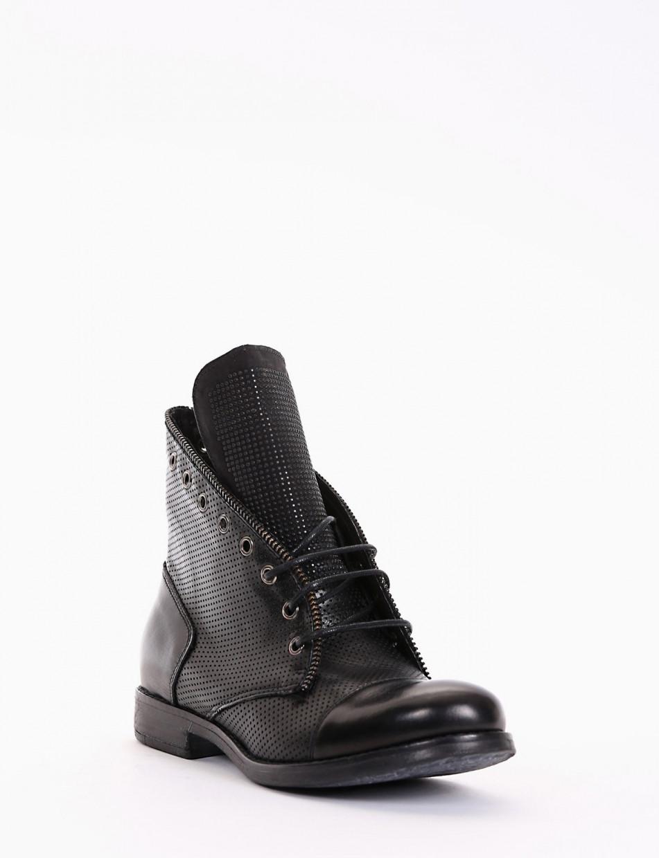 Combat boots black leather