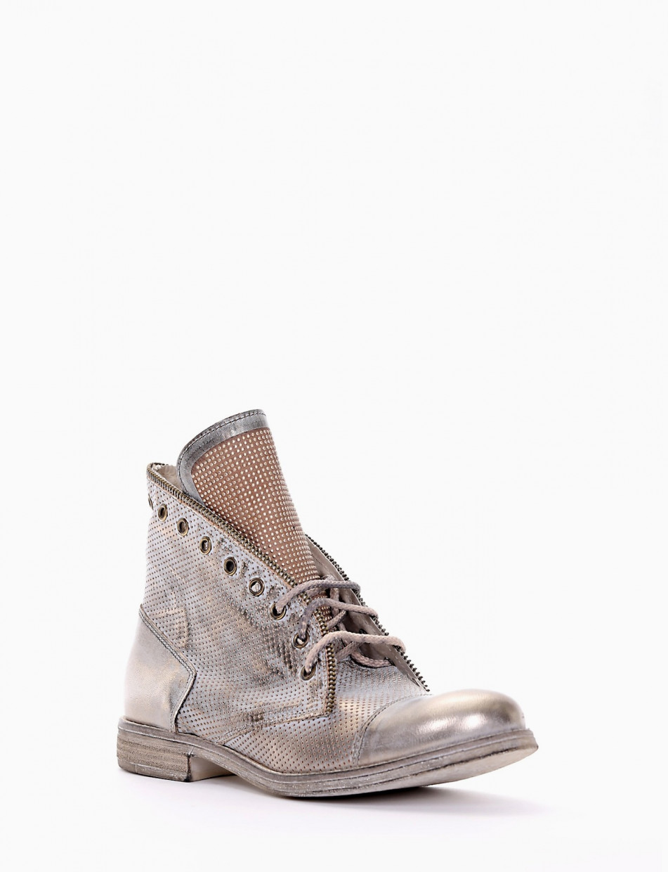 Combat boots gold leather