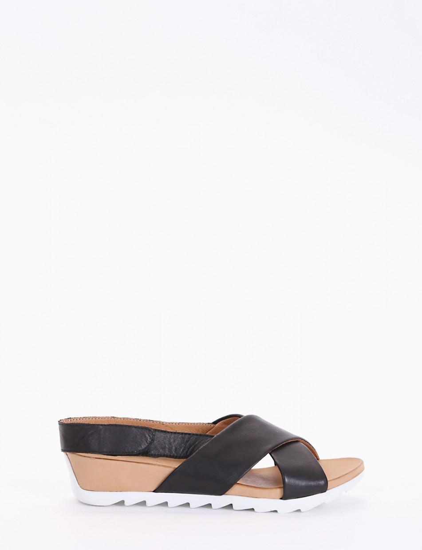 Wedge heels heel 3 cm black leather