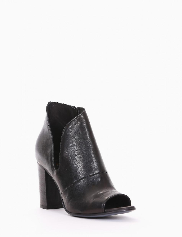 Sandalo accollato tacco 8 cm nero